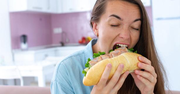 comer bocadillo compulsivamente